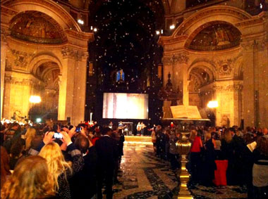 Photo of MTFXs' support St. Paul's Cathedral 'London Calling the2012' service